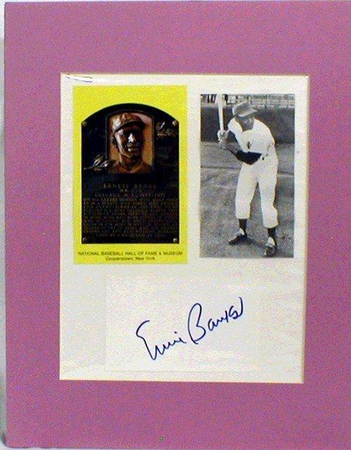 1009: HOF Ernie Banks Matted Photograph & Autograph