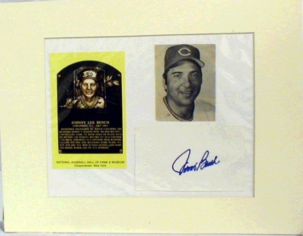 1011: HOF Johnny Bench Matted Photograph & Autograph