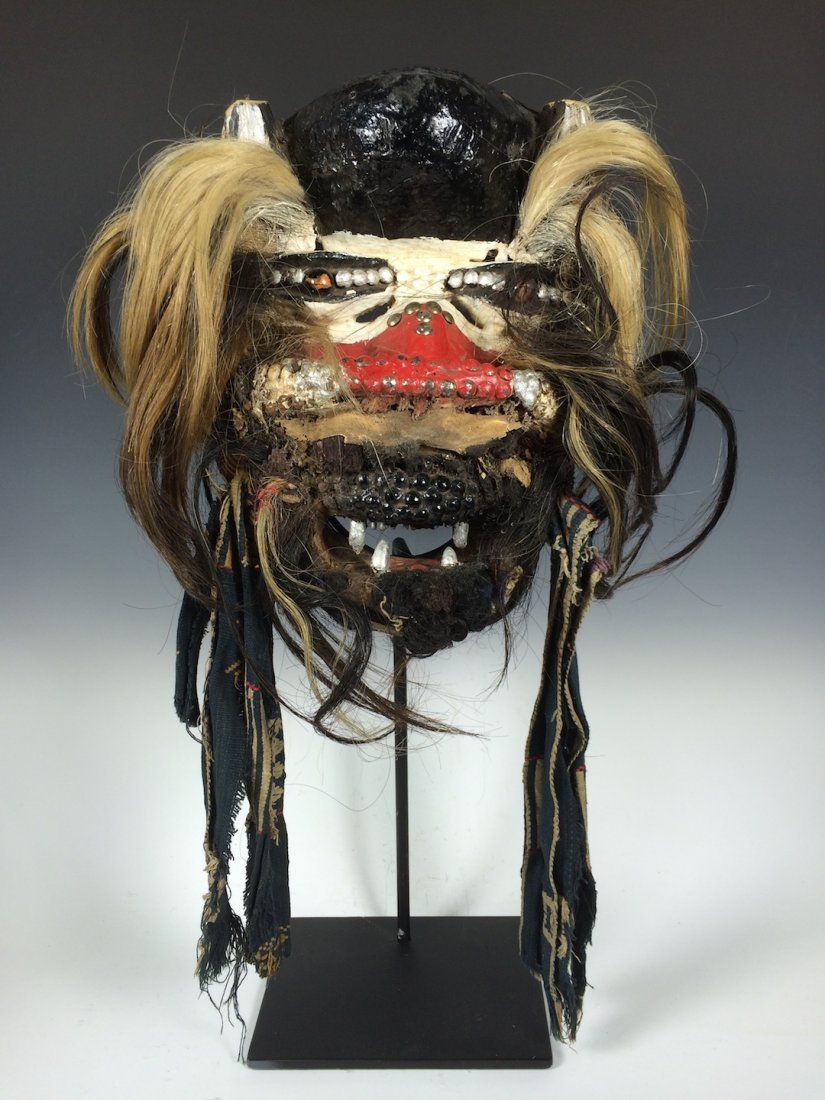 We/Wobe Guere Mask