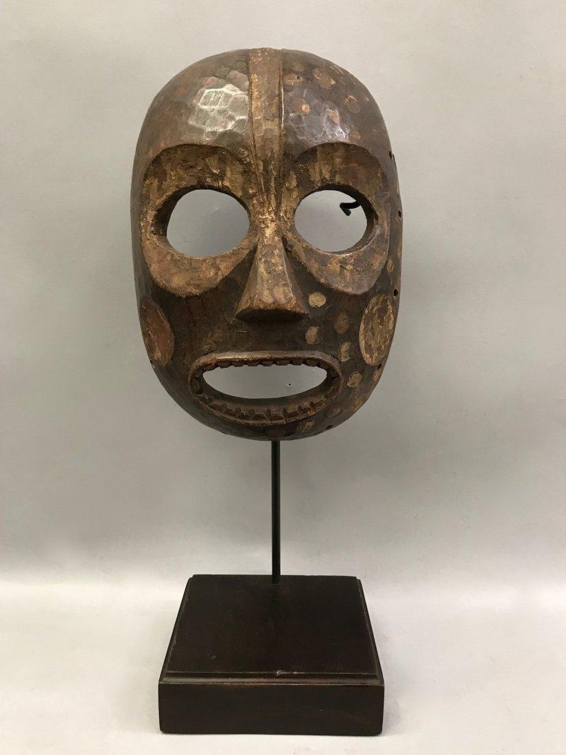 Kumu Mask with Base