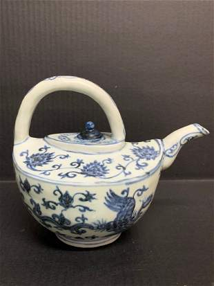 Chinese Art Porcelain Blue and White Large Teapot