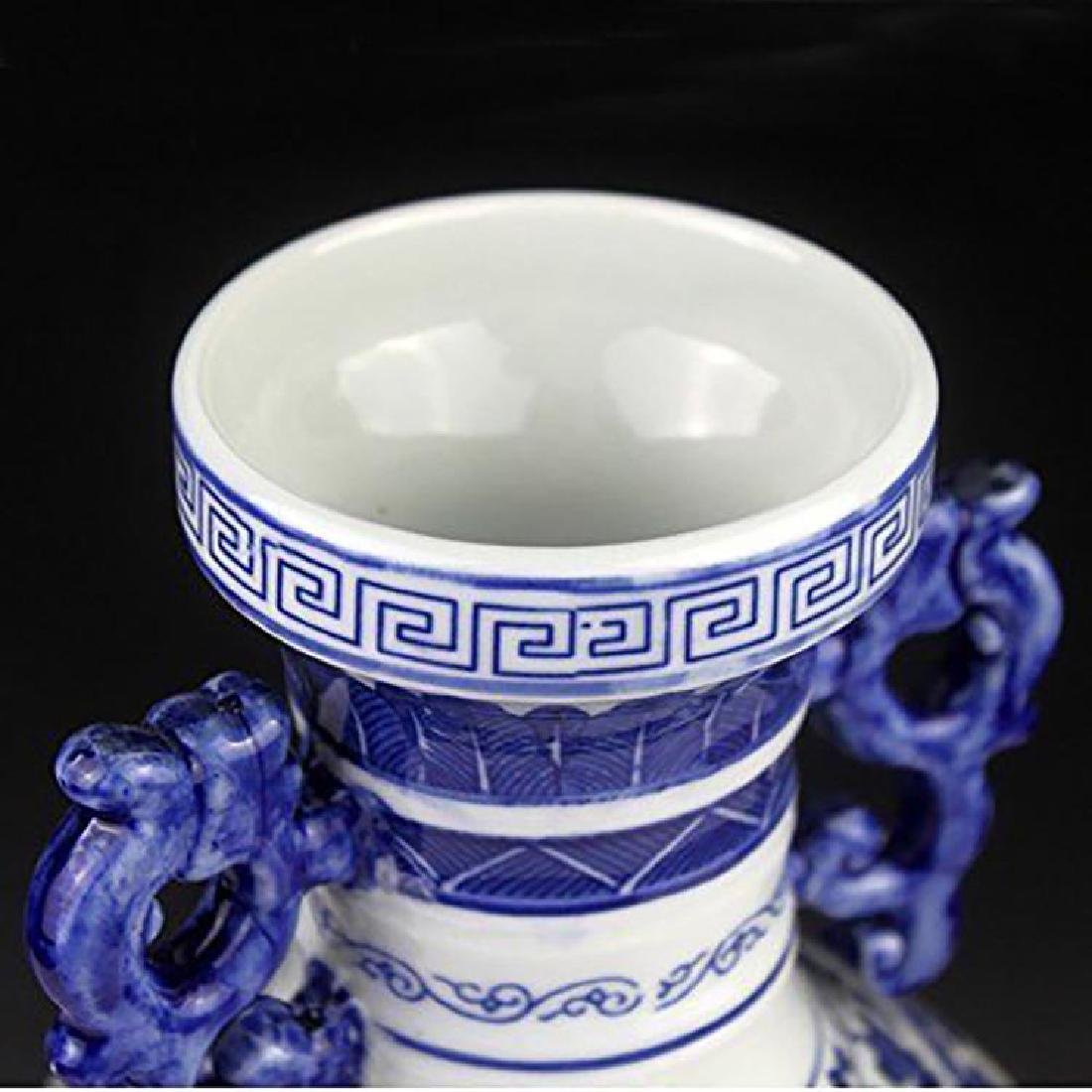 Blue And White Chinese Porcelain Dahlia & Dragon Vase - 6