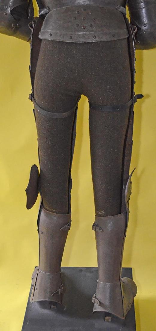 Rare 17th Century French Style Life Size Complete Suit - 4