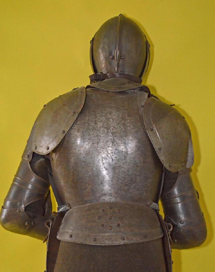 Rare 17th Century French Style Life Size Complete Suit - 5