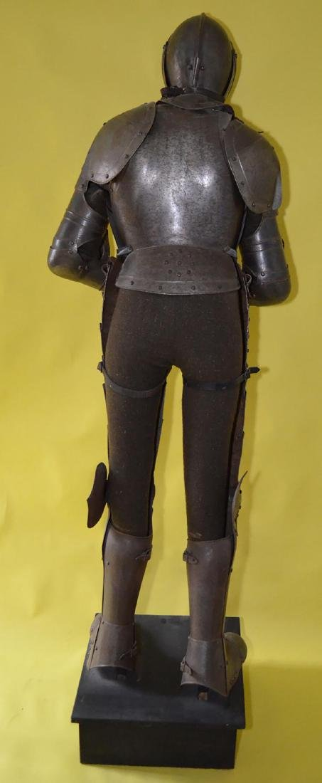 Rare 17th Century French Style Life Size Complete Suit - 6