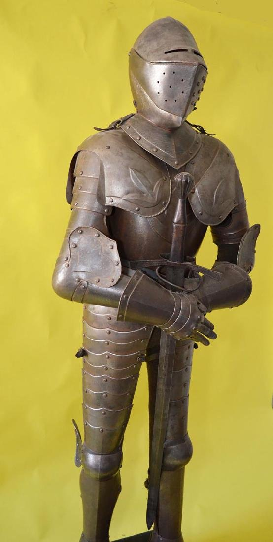 Rare 17th Century French Style Life Size Complete Suit - 7
