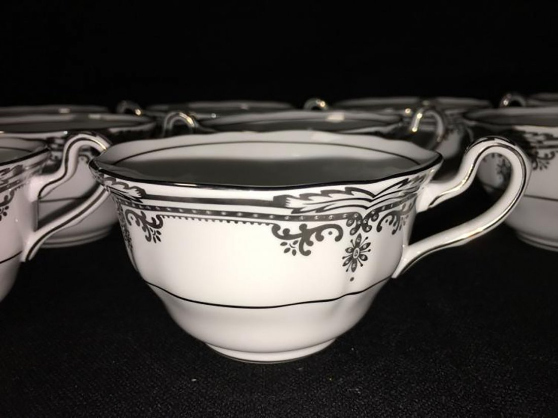 Spode Bone China Dinnerware Stafford Platinum Pattern - 10