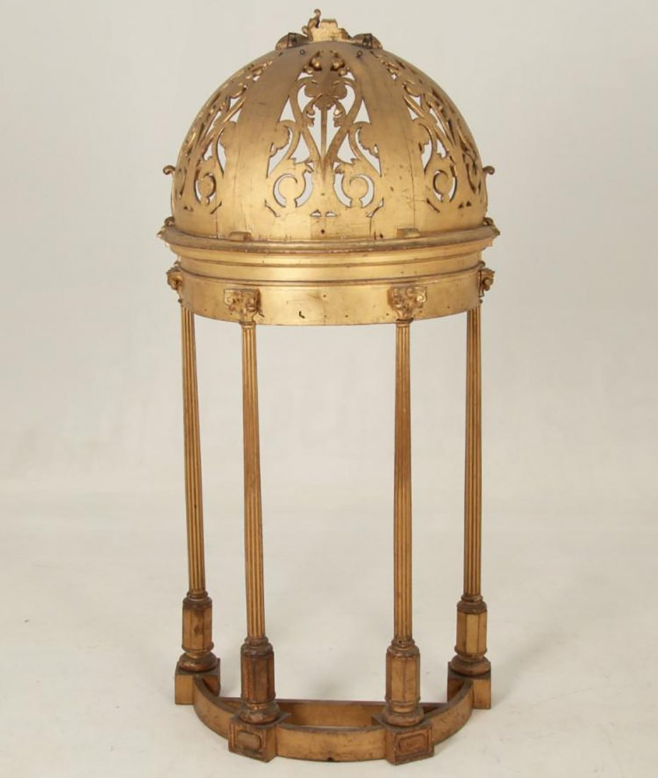 Rare 18th Century Carved Giltwood Dome Top Alterpiece - 4
