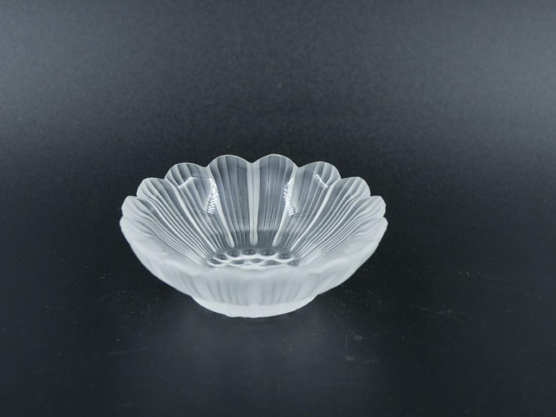 LALIQUE France - Petite coupelle en cristal opacifié en