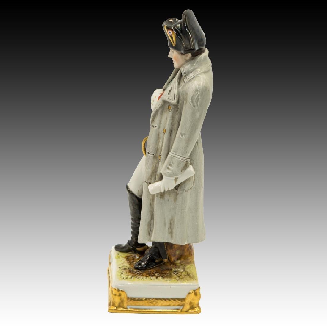 2 Figurines Napoleon and Ticouette - 7