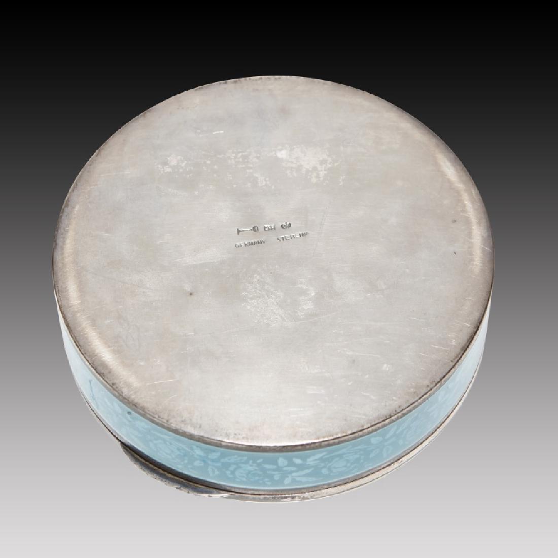 Guilloche round Enamel Sterling Silver Figural Box - 3