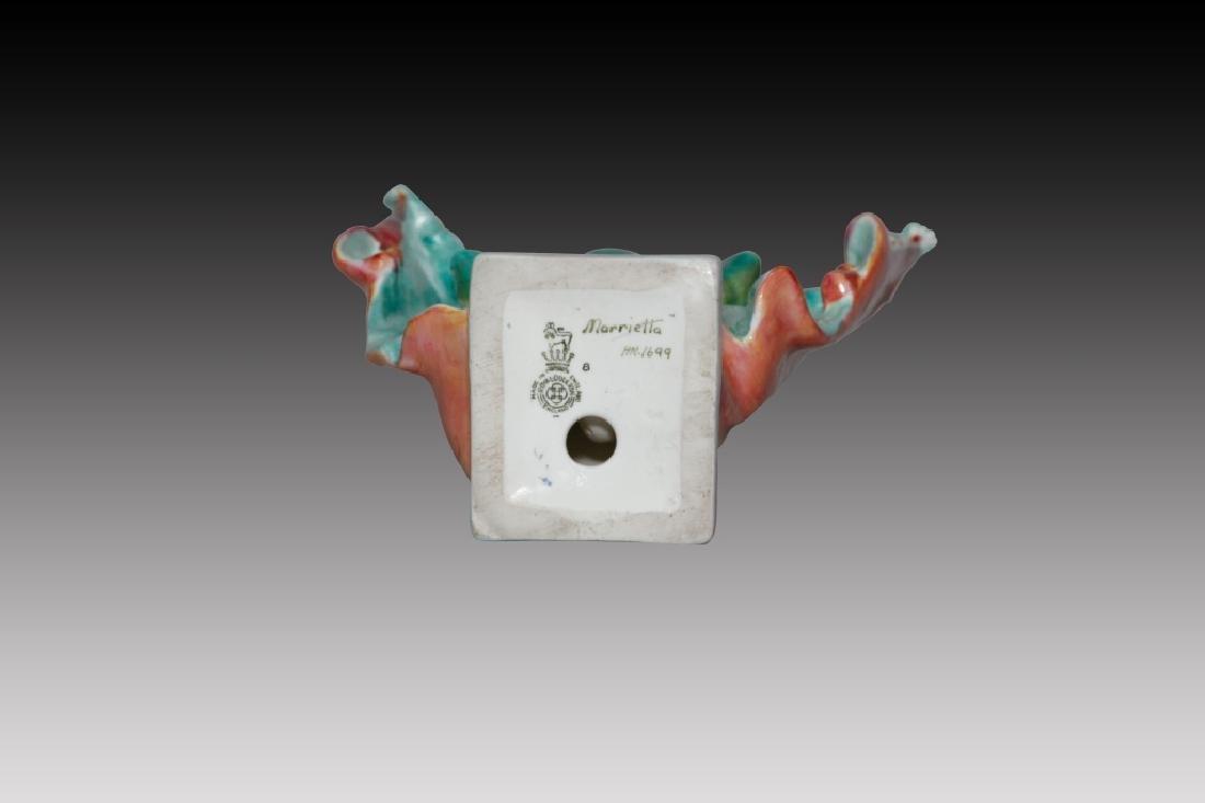 Royal Doulton Figure Marietta HN1699 - 3