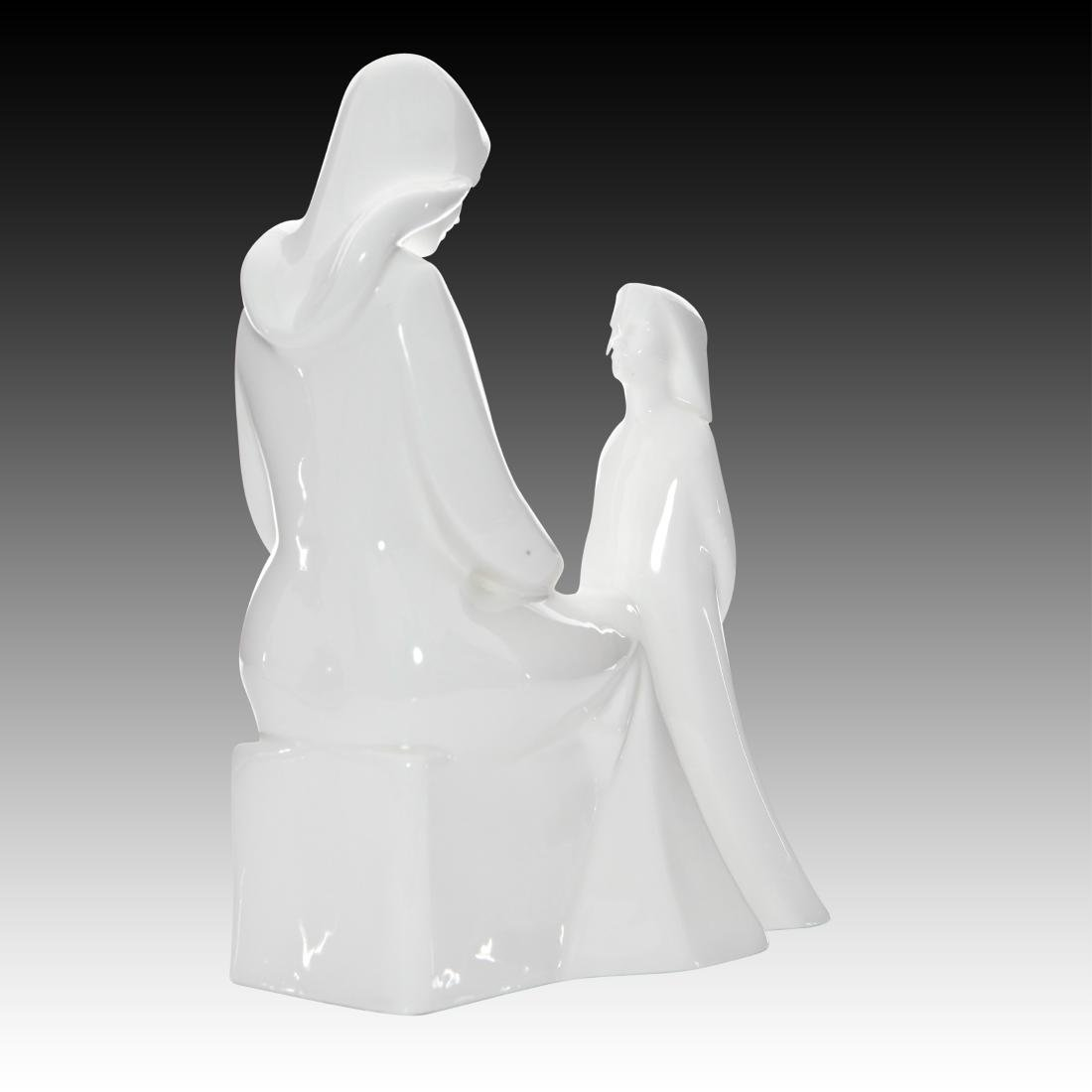 "Royal Doulton ""Mother and Daughter"" HN2841 - 3"