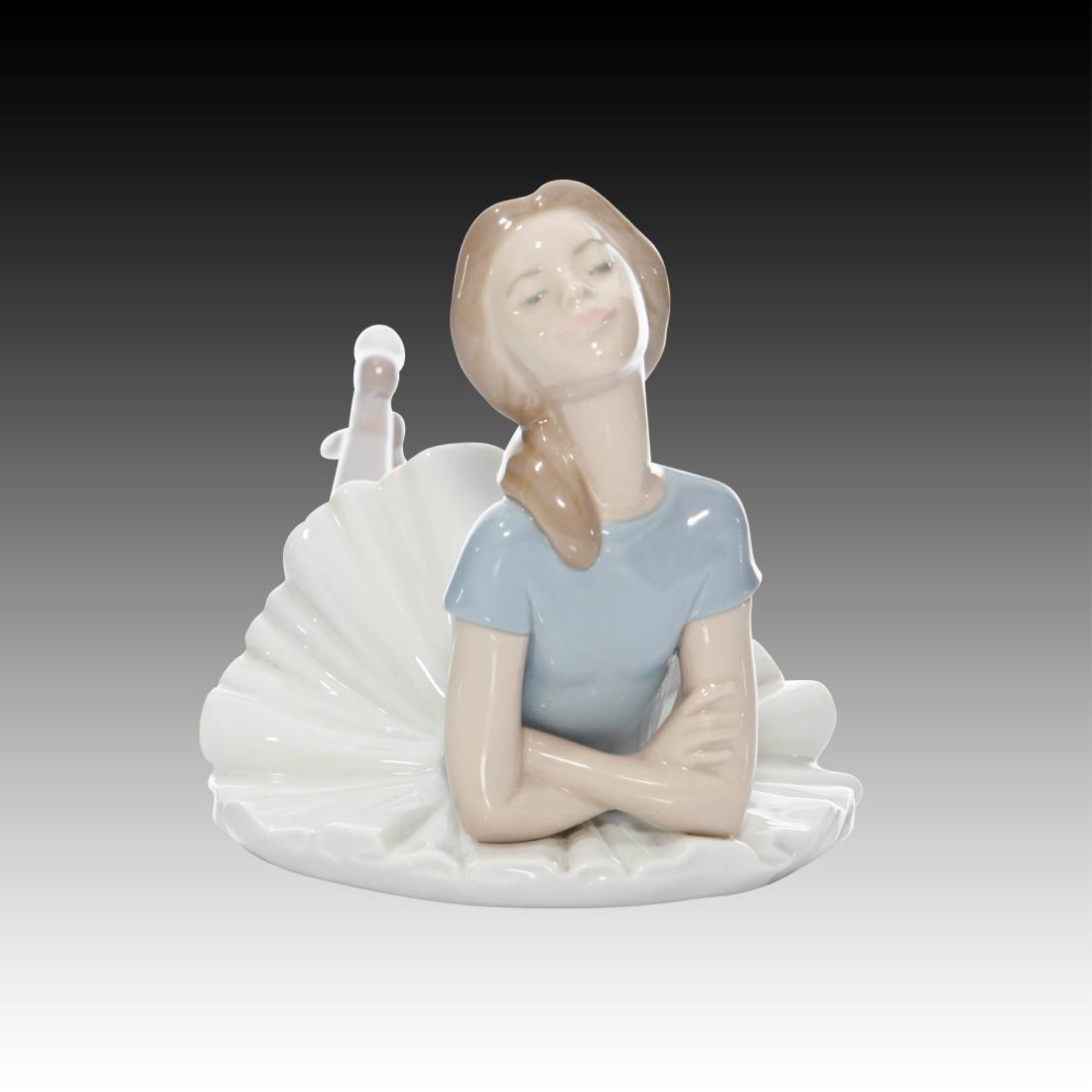 """Lladro Ballerina Dancer Figurine """"Heather"""" # 1359"""