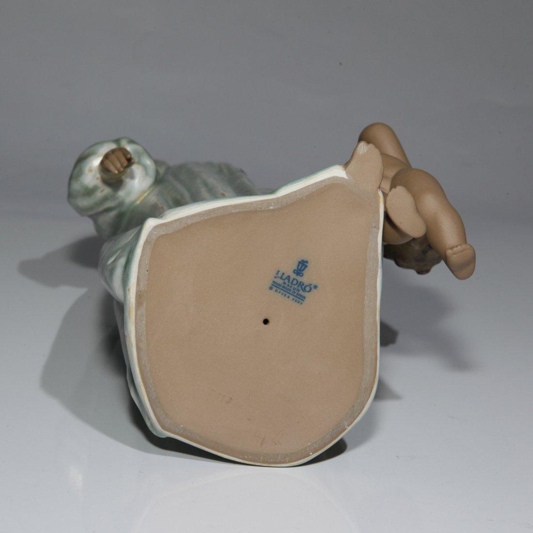 """Lladro """"Loving Steps"""" Figurine 2452 - 3"""
