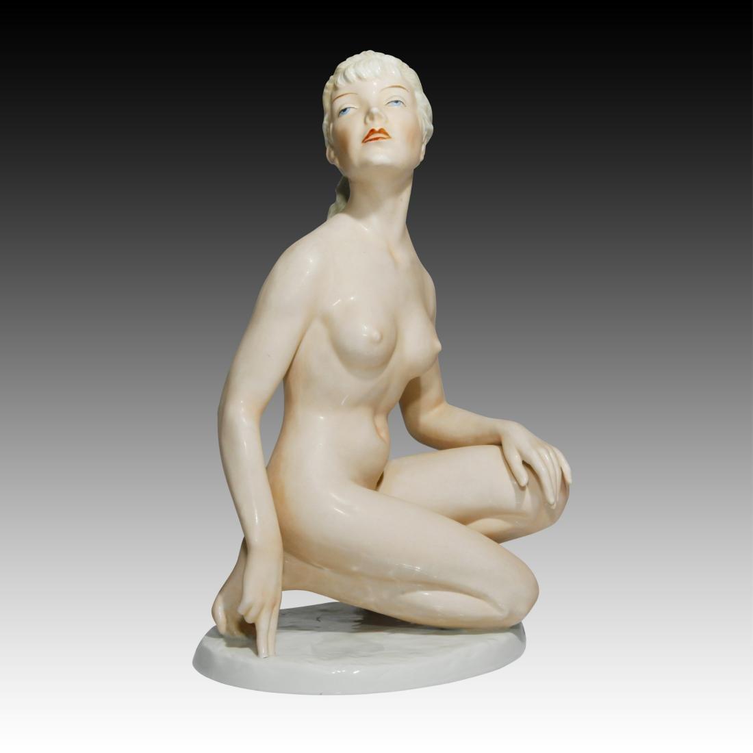 Shaubach Kunst Kneeling Blonde Figurine 9365