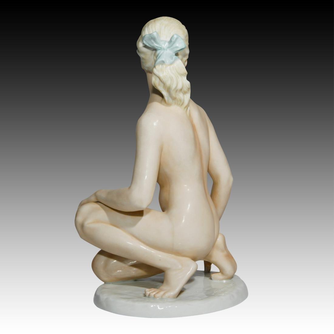 Shaubach Kunst Kneeling Blonde Figurine 9365 - 2