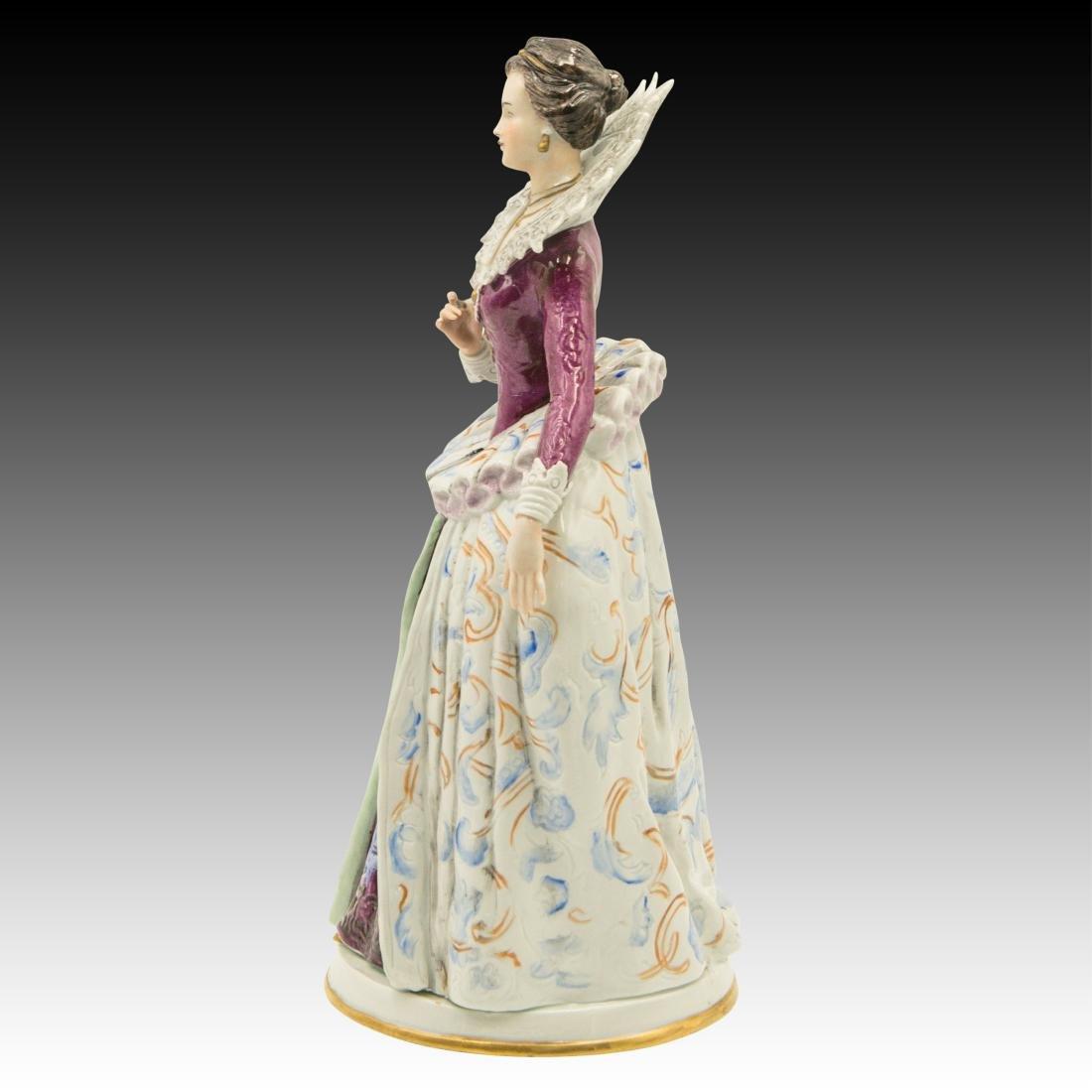 """""""Costume du Temps de Henri IV"""" Figurine - 2"""