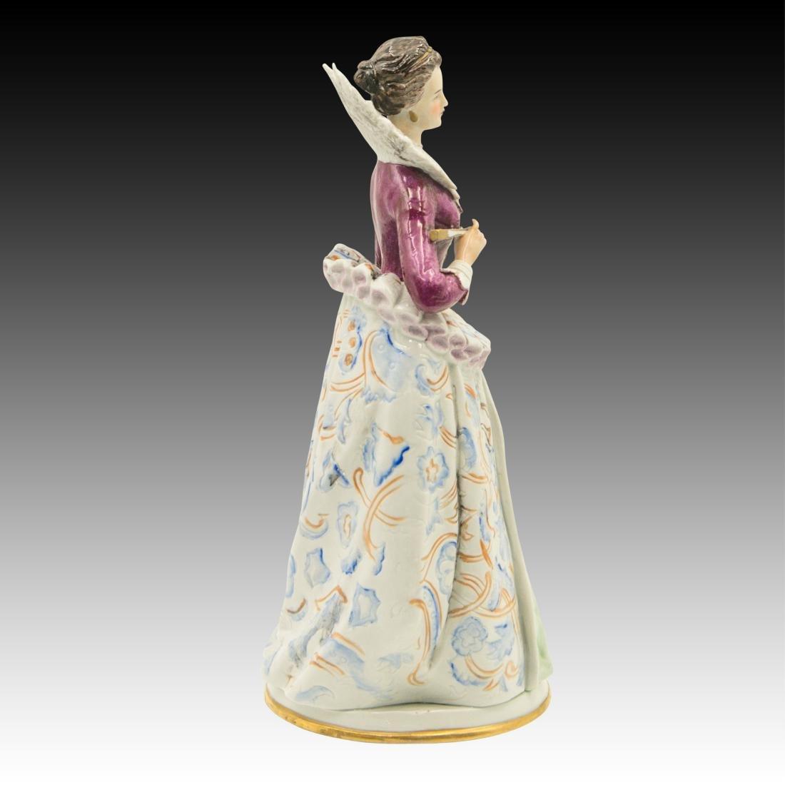 """""""Costume du Temps de Henri IV"""" Figurine - 4"""