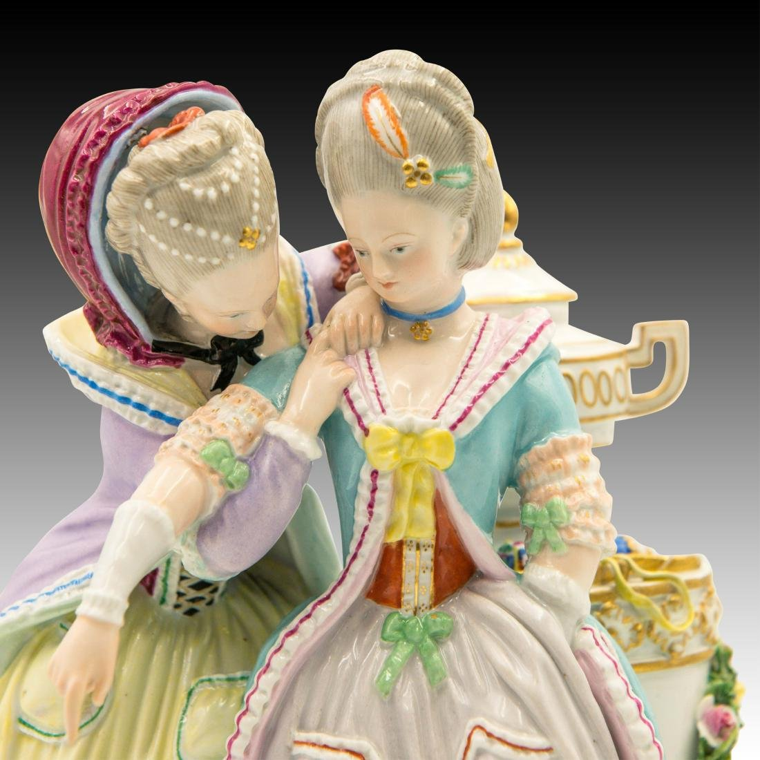 Meissen Figurine with 2 Women with Birds and Urn - 5