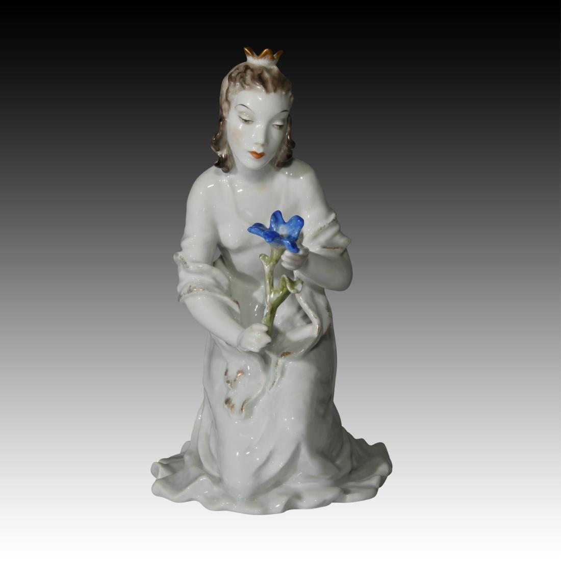 Rosenthal Figurine Princess with Flower # 7012