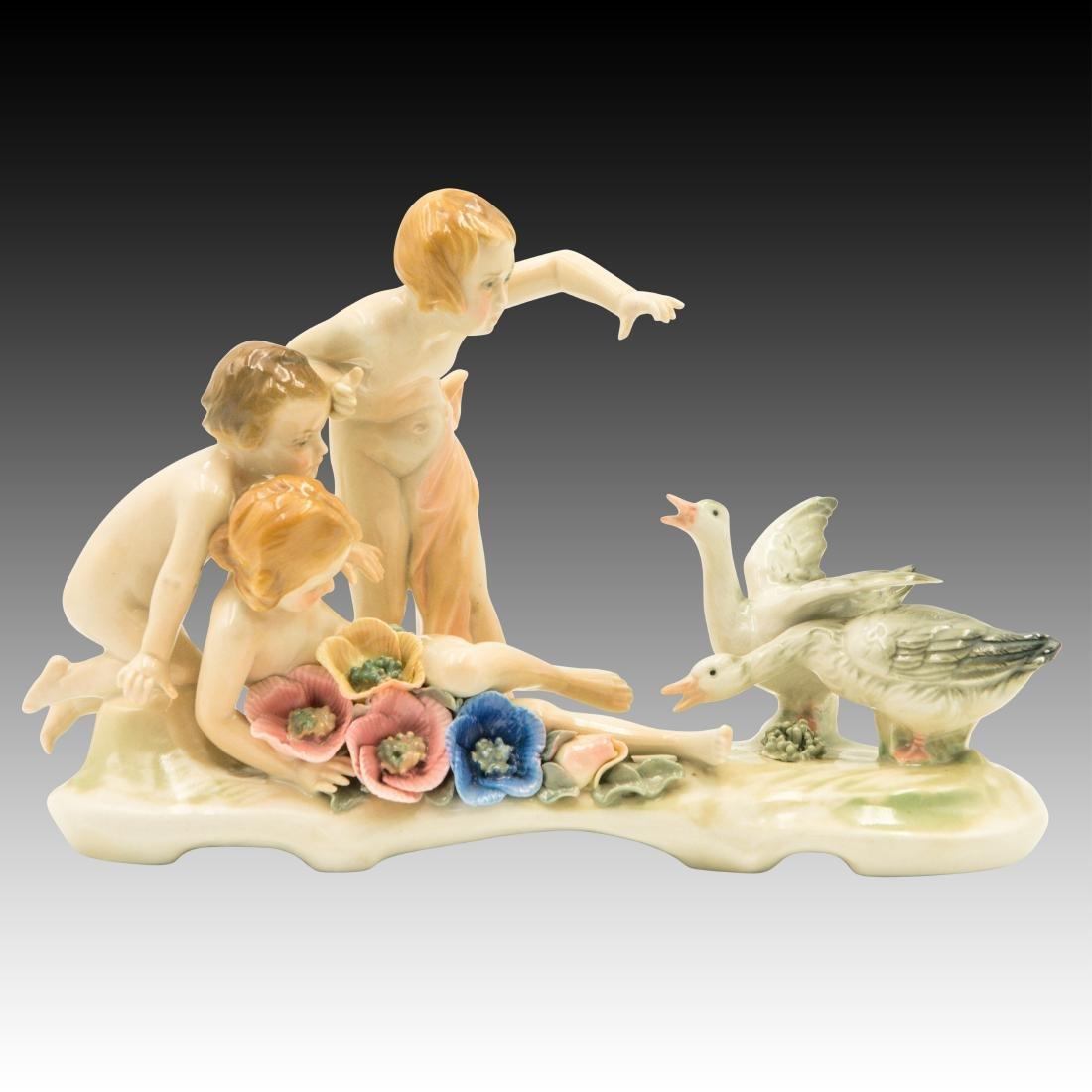 Karl Ens Figurine Children versus the Ducks