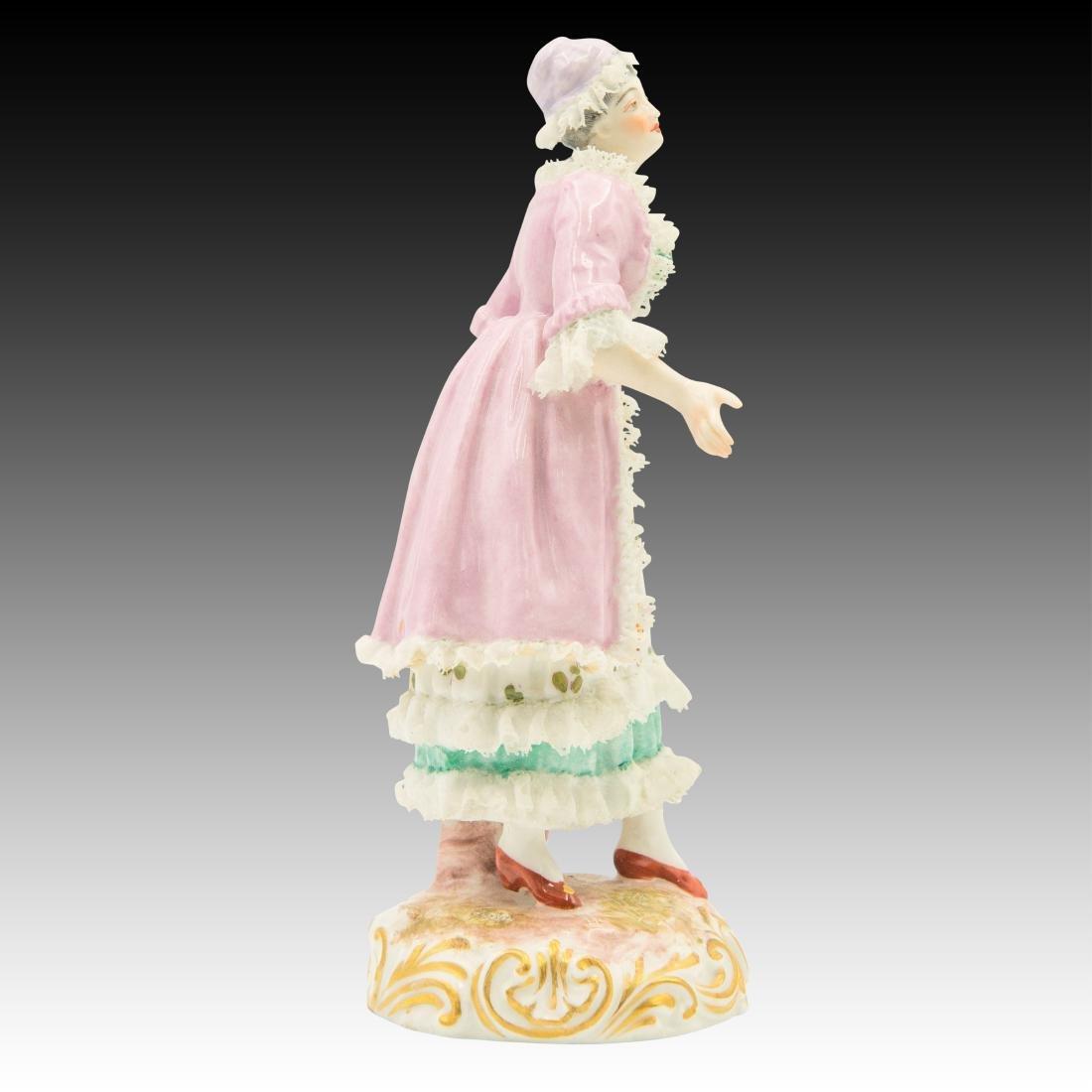 Meissen Maiden Wearing a Lace Dress Figurine - 2