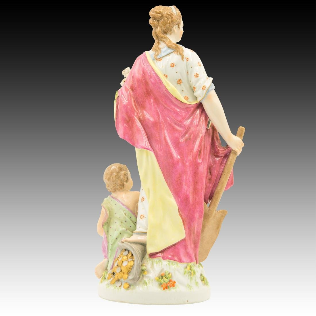 Woman holding a spade and Flowers Figurine - 3
