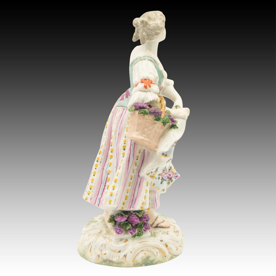 Meissen Young Woman Harvesting Grapes - 4