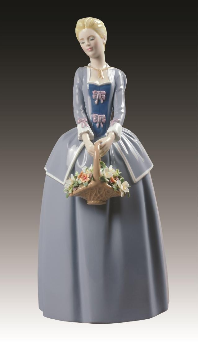 Lladro Garden Blossoms #9180 Figurine