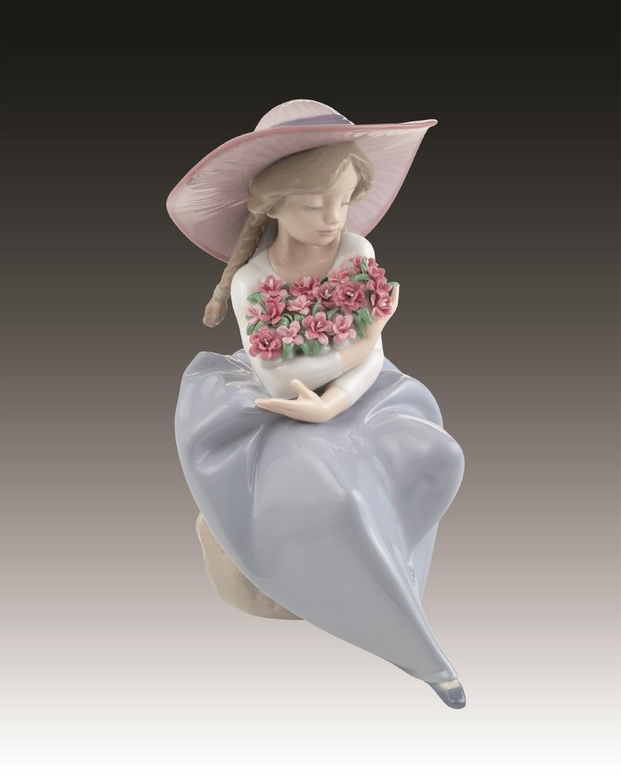 Lladro Fragrant Bouquet Carnations Figurine 7215