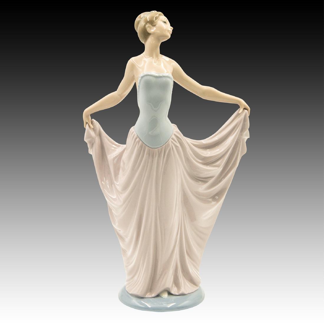 """Lladro # 5050 """"Dancer"""" Figurine"""