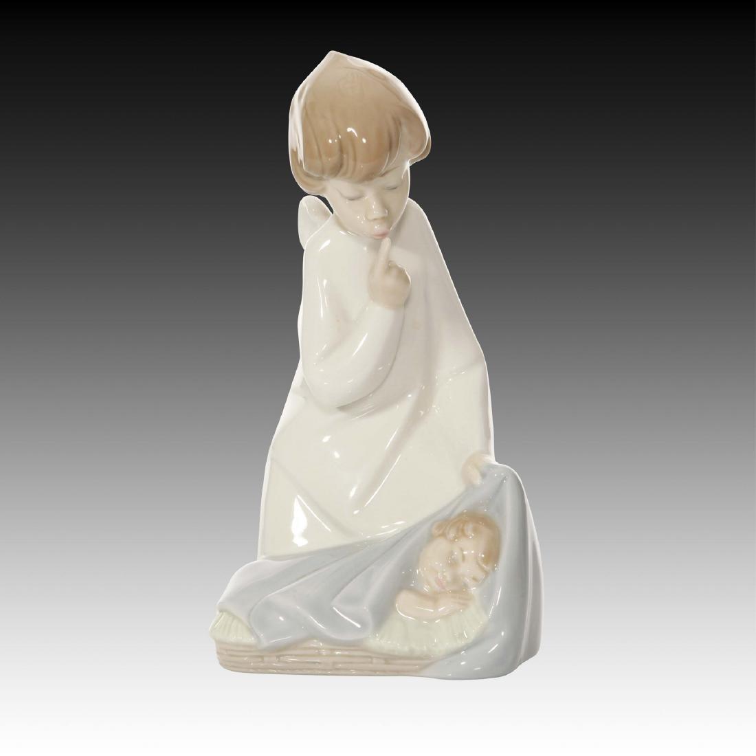 Lladro Angel with Child Figurine 4635 Retired 2002