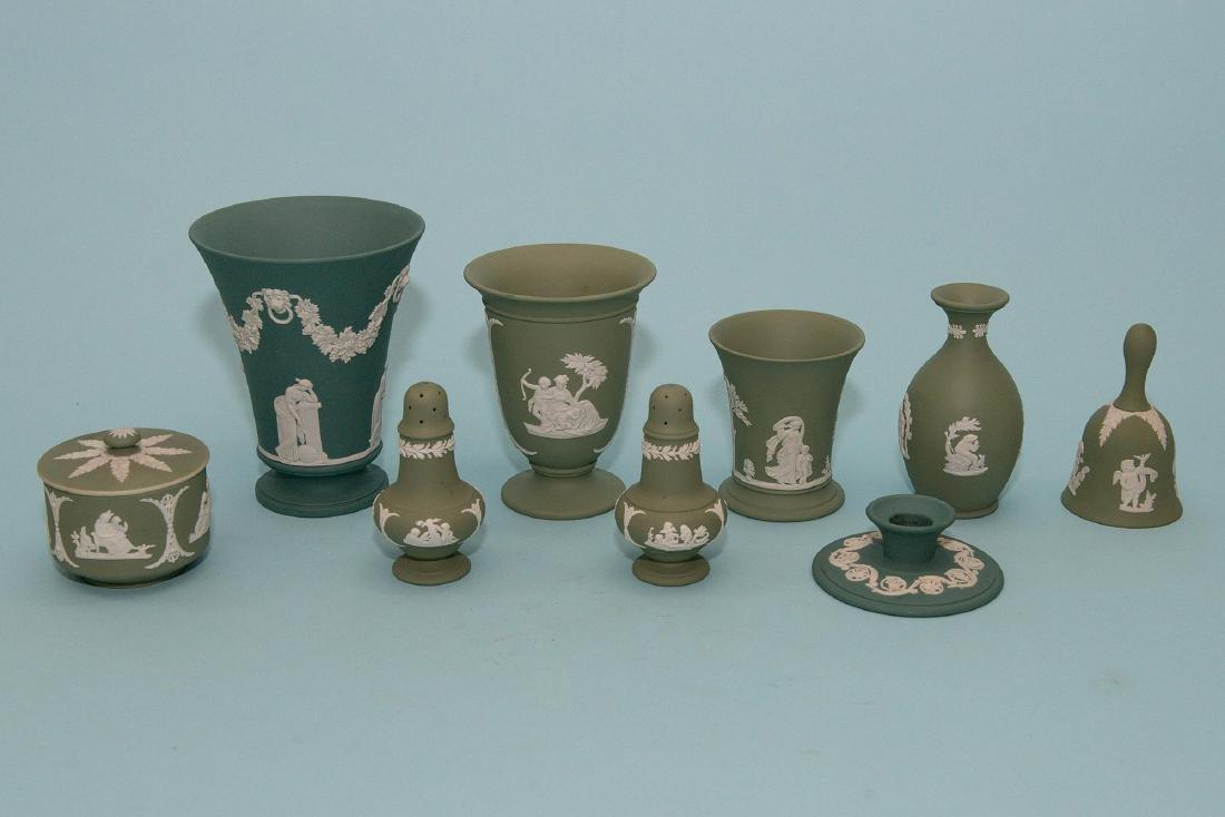 Wedgwood 10pcs Green/White  Jasperware Collection