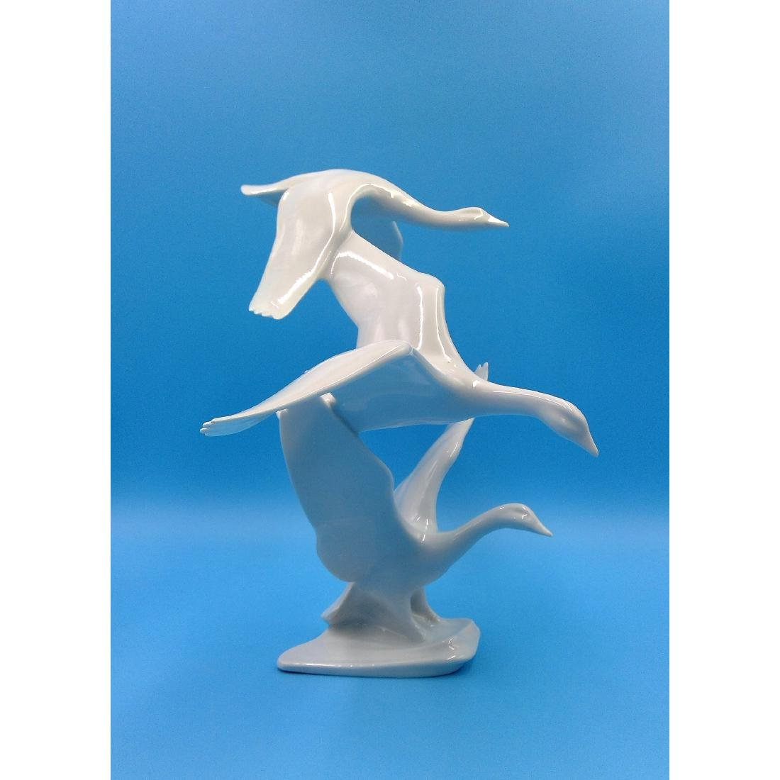 ALKA KUNST GERMAN PORCELAIN FLYING GEESE SCULPTURE - 3