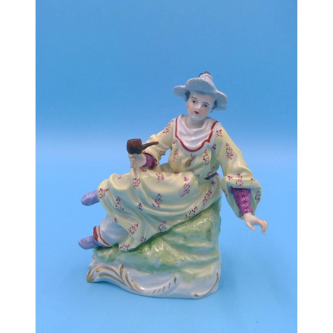 DRESDEN GERMAN PORCELAIN FIGURINE LADY W PIPE