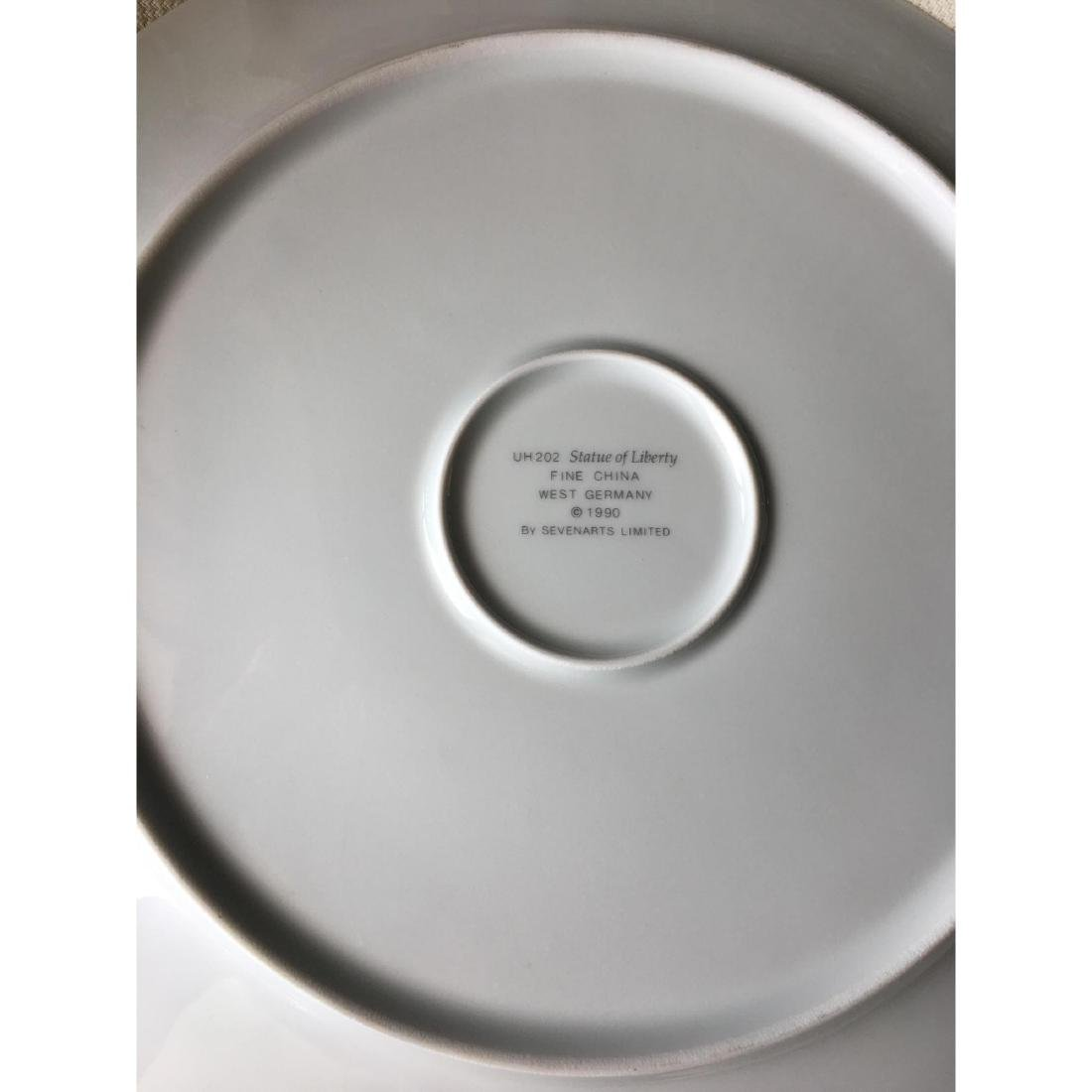 ERTE LIBERTY CHARGER SIGNED LARGE PLATE - 4