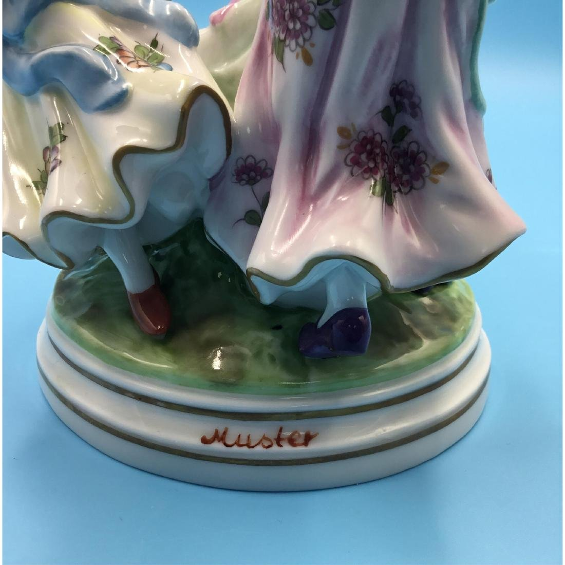 SITZENDORF GERMAN PORCELAIN FIGURINE GIRLS - 5