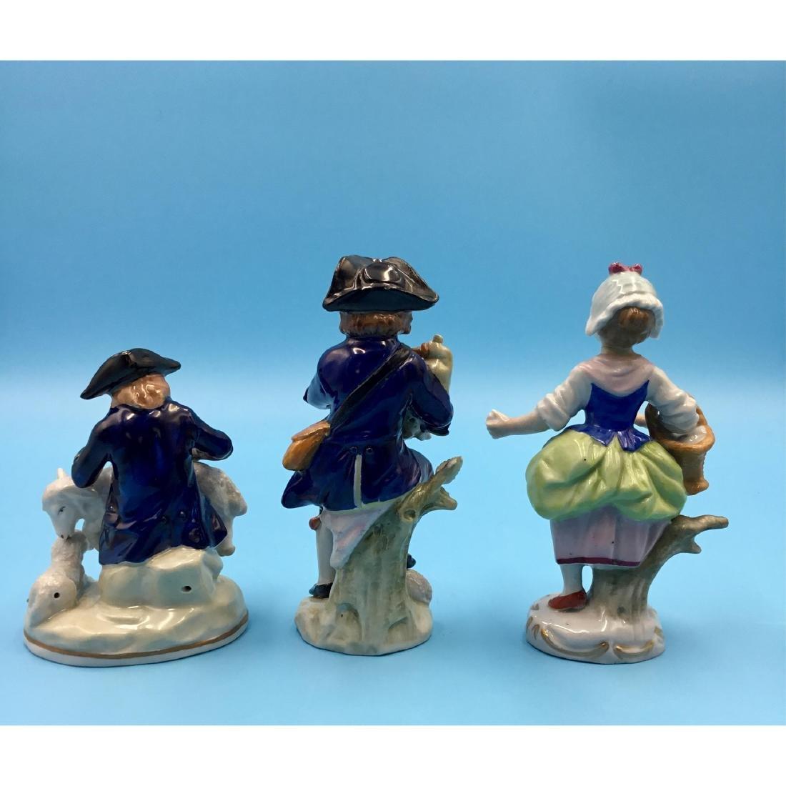 GROUP OF 3 SITZENDORF GERMAN PORCELAIN FIGURINES - 3