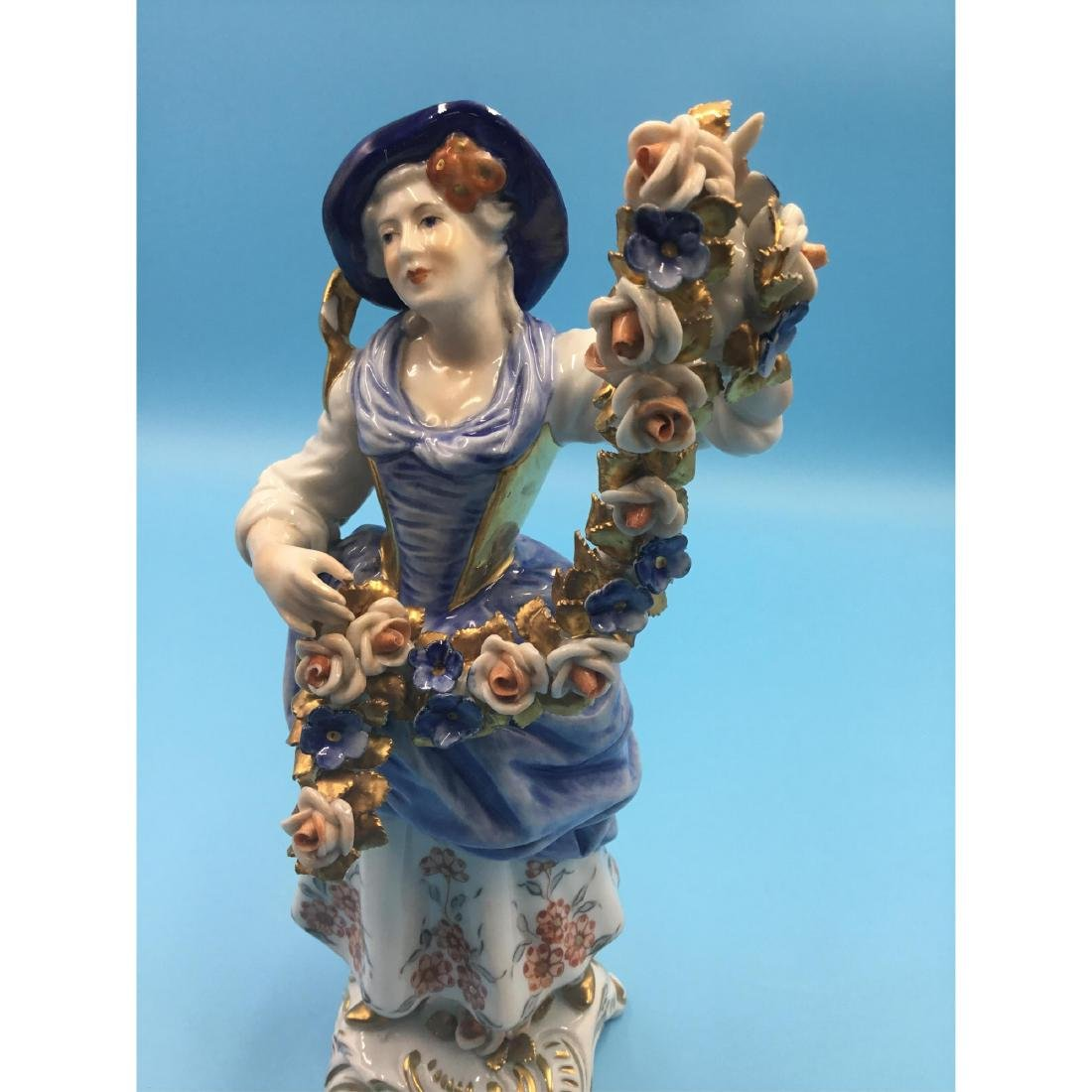 PAIR OF GERMAN PORCELAIN COUPLE FIGURINES - 6