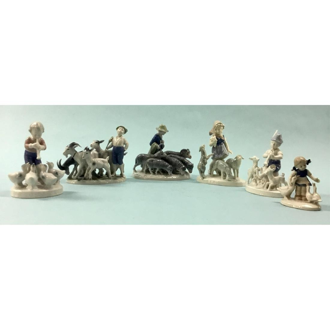 GROUP OF 6 VINTAGE GERMAN GEROLD FIGURINES
