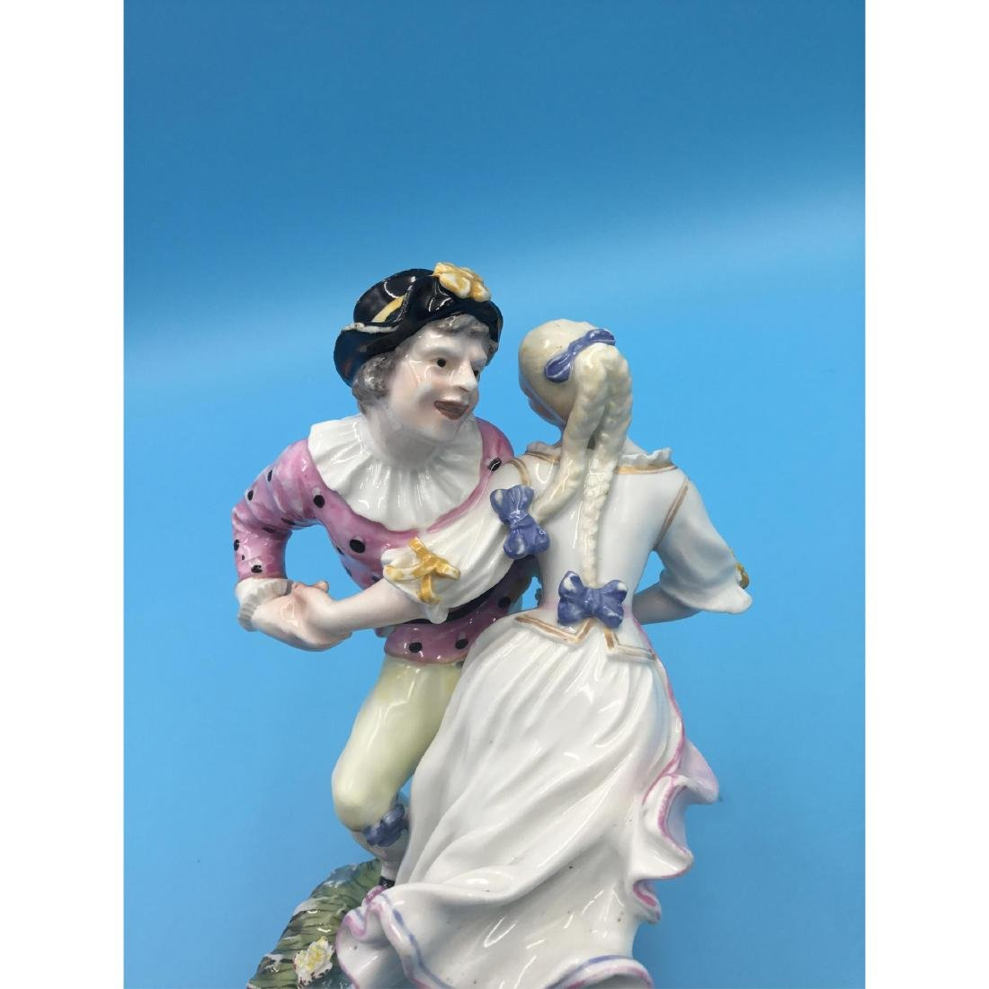 HOCHST 18TH C GERMAN PORCELAIN GROUP FIGURINE - 6