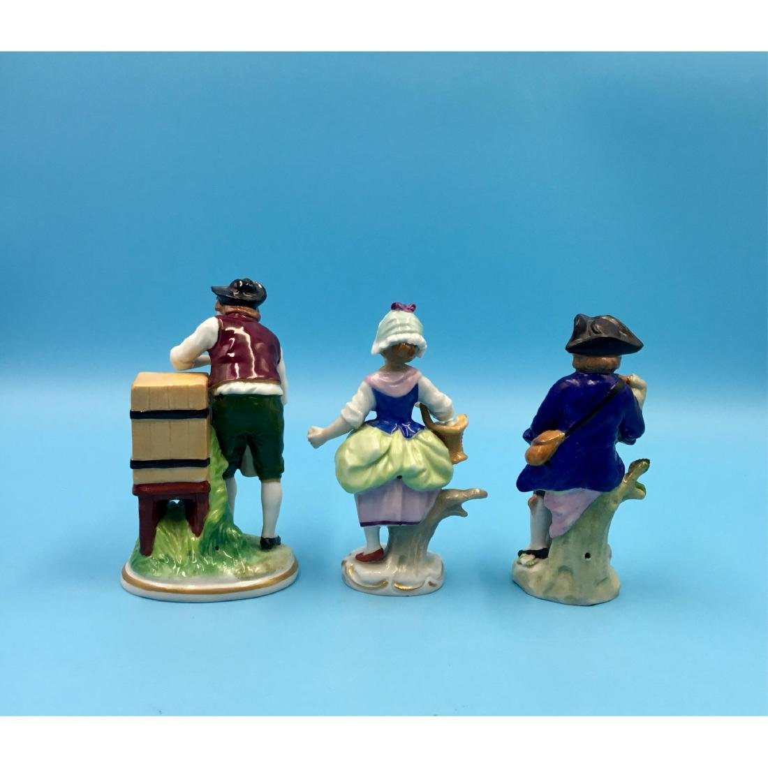 GROUP OF 3 SITZENDORF GERMAN PORCELAIN FIGURINES - 3