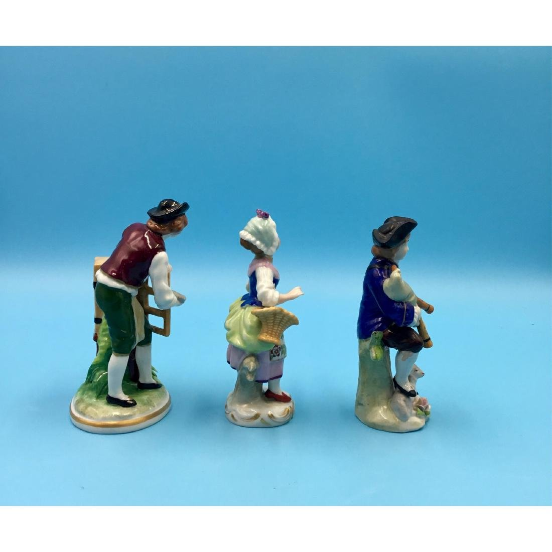 GROUP OF 3 SITZENDORF GERMAN PORCELAIN FIGURINES - 4