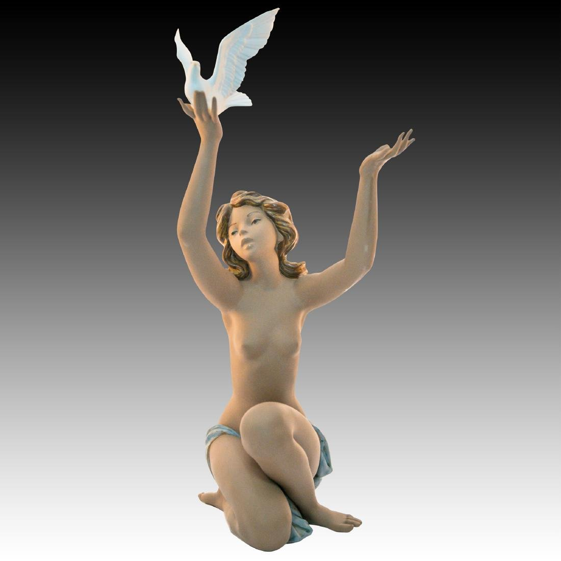 "LLADRO ""PEACE OFFERING"" PORCELAIN FIGURINE"