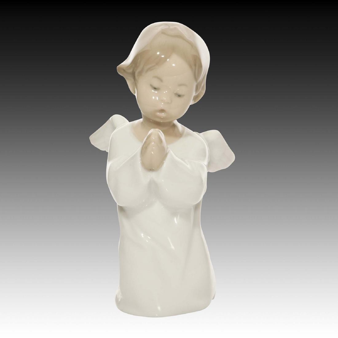 LLADRO ANGEL PRAYING FIGURINE 4538