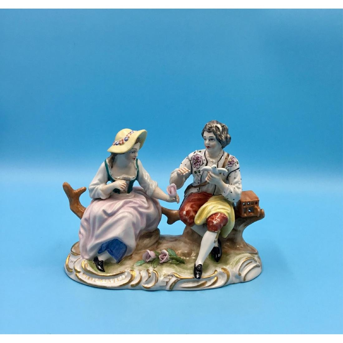WORCESTER 18THC PORCELAIN GROUP FIGURINE