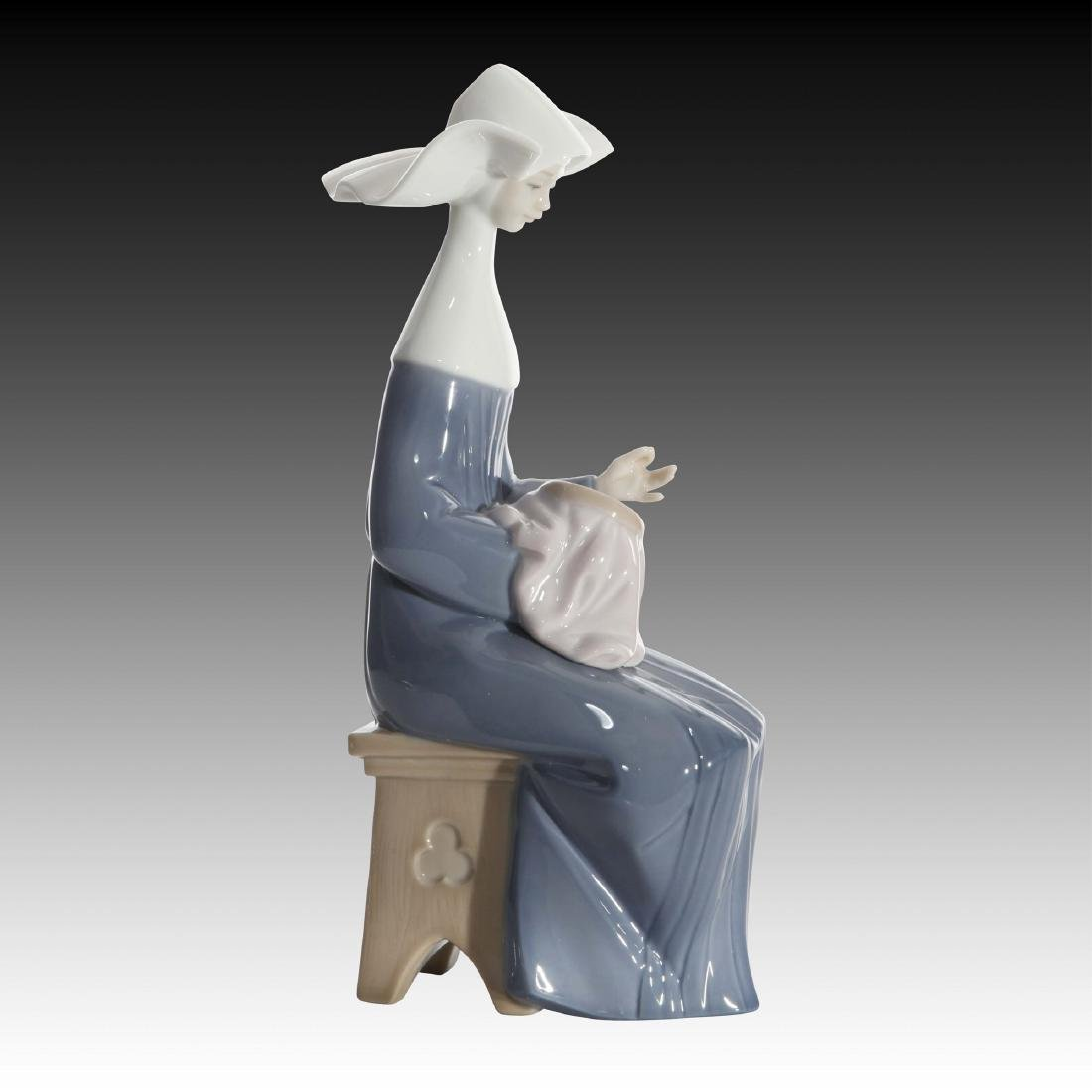 LLADRO TIME TO SEW FIGURINE 5501 RETIRED 1991 - 2