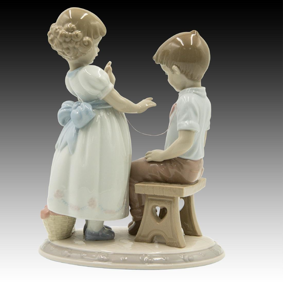 LLADRO WITH ALL MY HEART FIGURINE 6906 RETIRED - 2