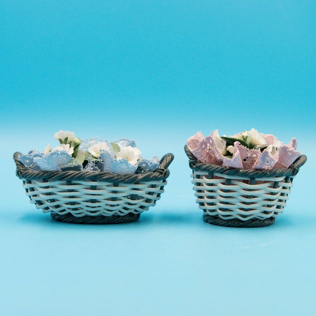 LLADRO 2 SMALL PORCELAIN FLOWER BASKETS